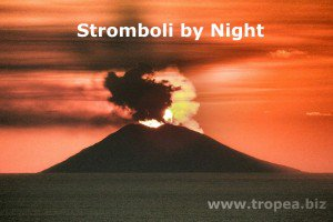 stromboli by night
